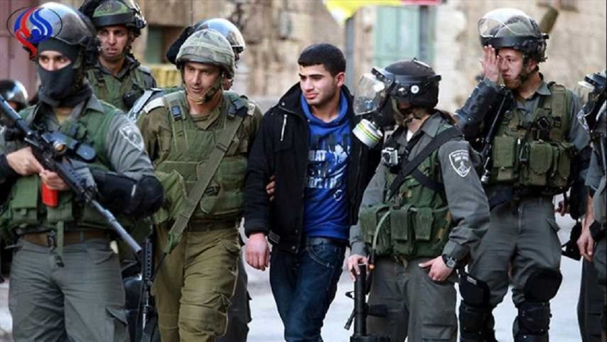 Detainees' institutions: occupation authorities arrested (297) Palestinians in August 2020